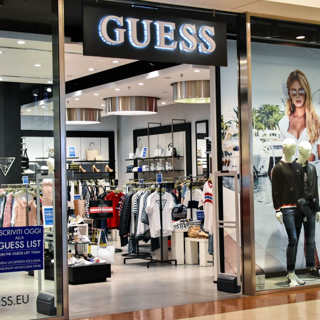 separation shoes exclusive shoes cozy fresh GUESS - Fiordaliso